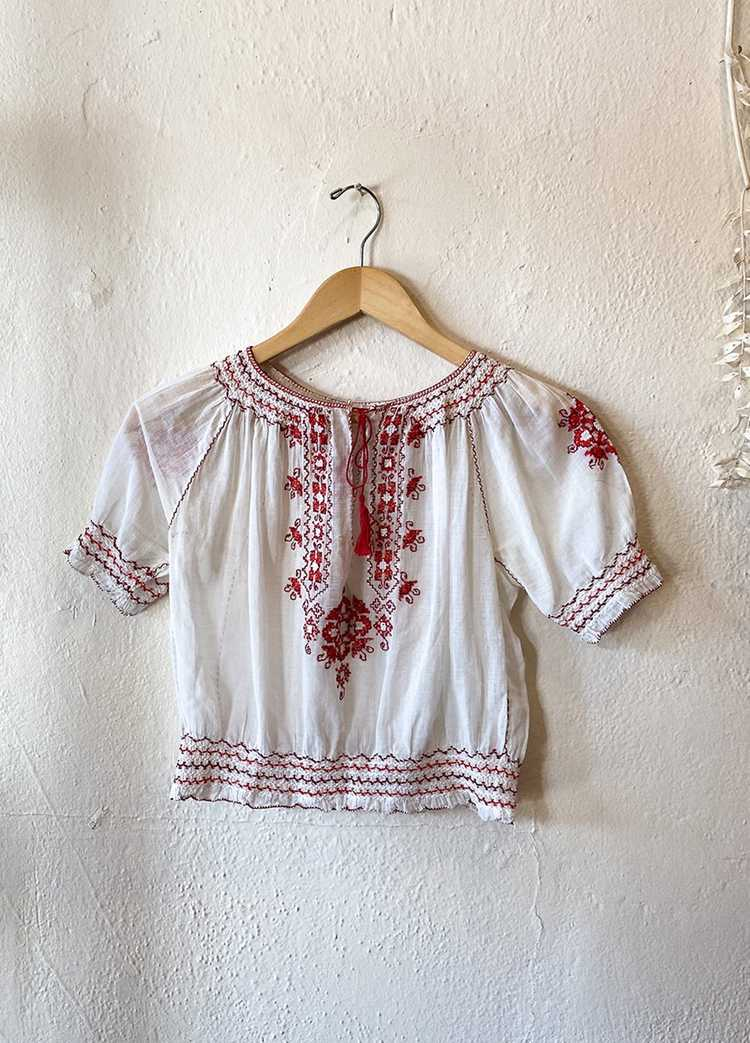 1930's Hungarian Embroidered Blouse - image 3