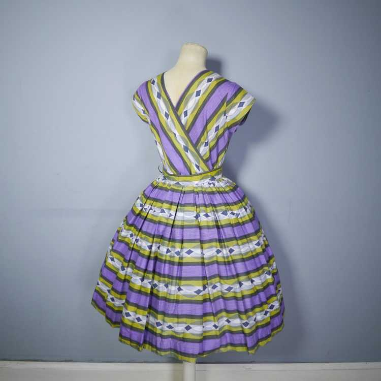 50s MID CENTURY PRINT PURPLE AND LIME STRIPED DOU… - image 10