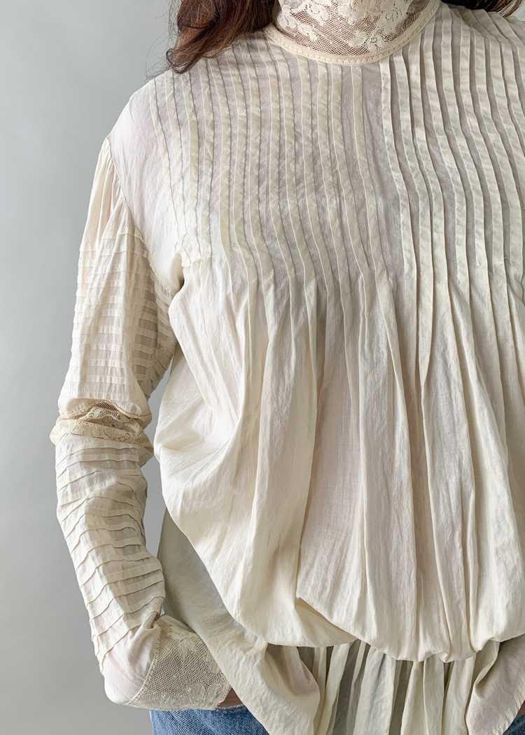 Antique 1890s Cotton and Lace Blouse - image 4