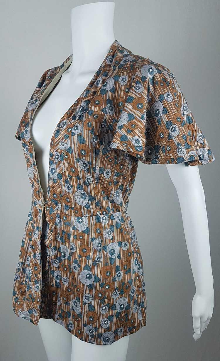Vintage Vogue Couturier Design Circular Cape/Batw… - image 1