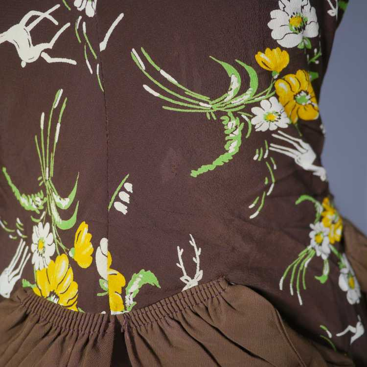 40s NOVELTY DEER AND FLOWER PRINT BROWN RAYON DRE… - image 13