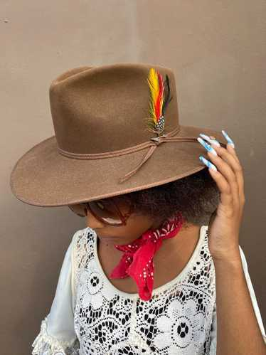 JBS HERITAGE STETSON WIDE BRIM HAT WITH FEATHER &