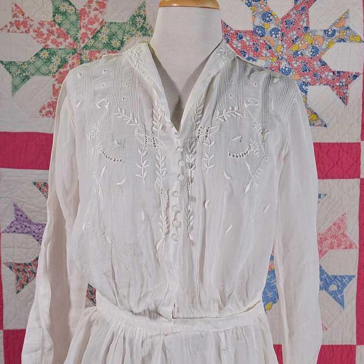 Antique Edwardian Lawn Dress, Embroidered Details - image 5