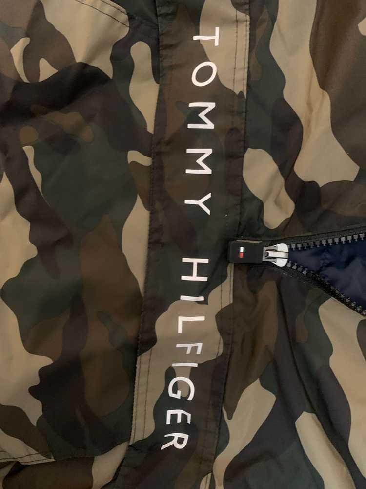 Tommy Hilfiger × Vintage Tommy Hilfiger Camo Half… - image 6