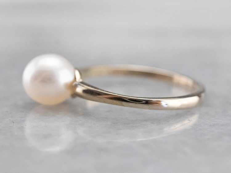 Pearl White Gold Solitaire Ring - image 4
