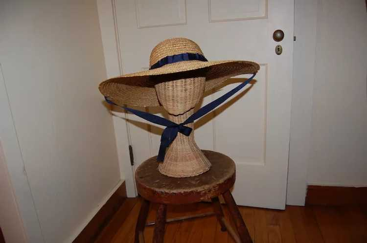 Wide Brimmed Straw Hat Women's 19th c Rural Style - image 9