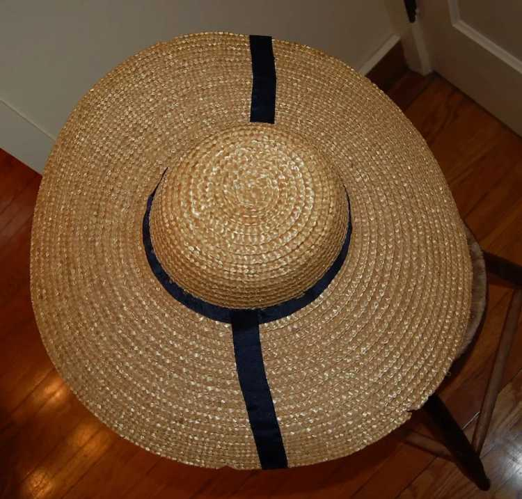 Wide Brimmed Straw Hat Women's 19th c Rural Style - image 5