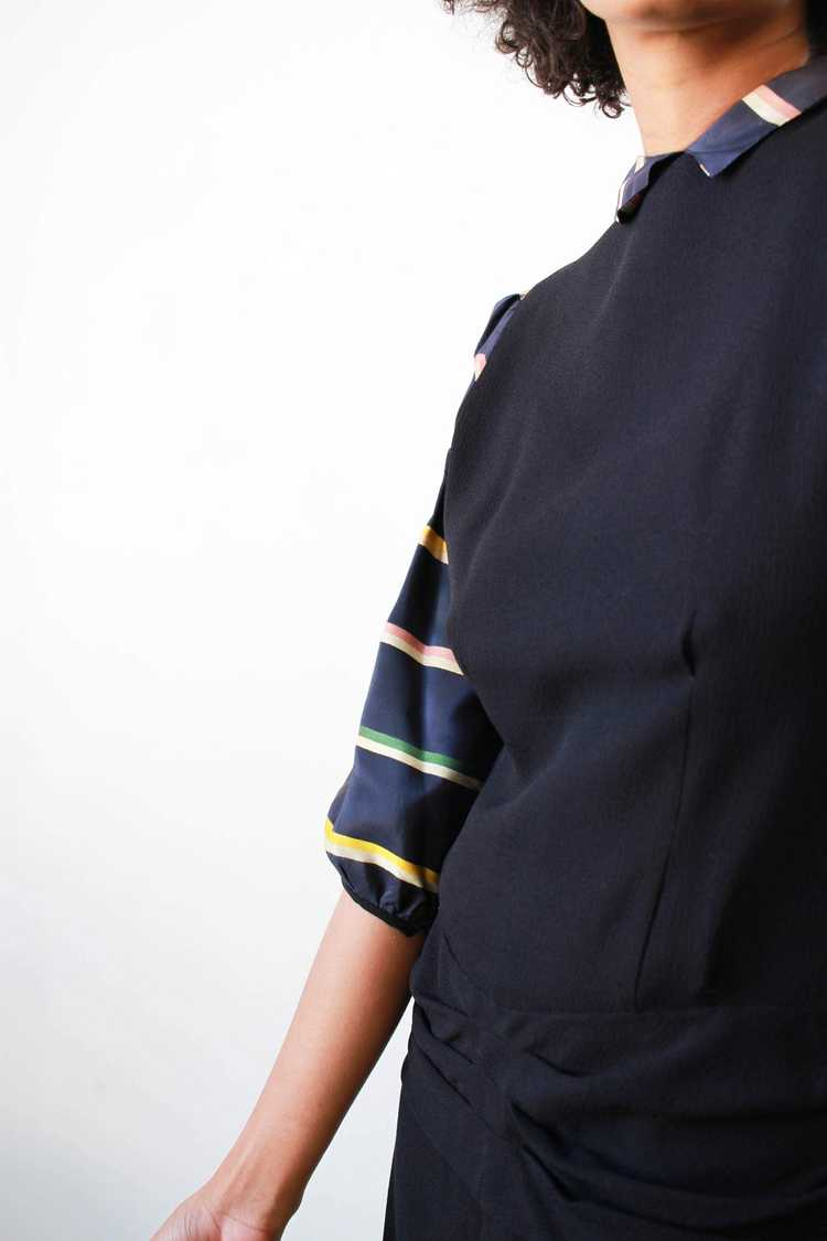 1940s Midnight Blue Puff Sleeve Rayon Dress - image 3