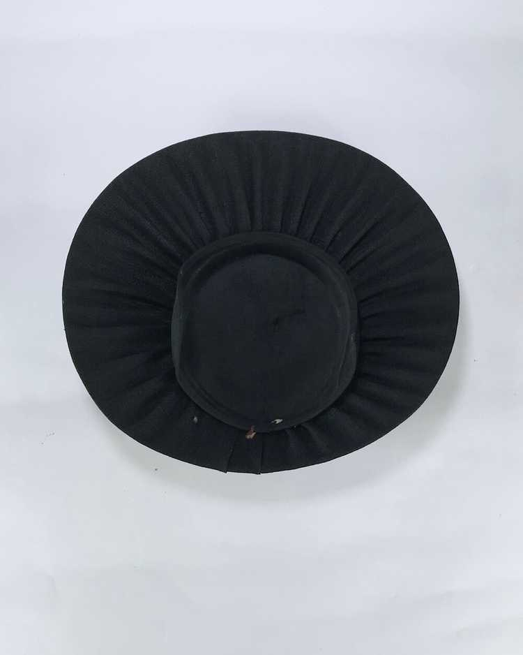 1940s/50s Black Platter Hat with Flowers - image 4
